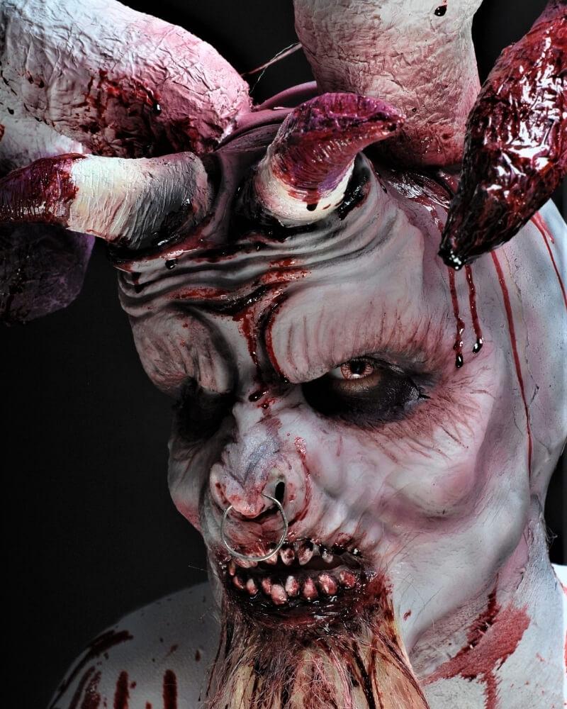 Maquillage effets spéciaux avec prothèses - Exemple 11